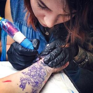 Анастасия Саенко учение татуировкам